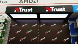 Adana Real M1 ve Adana Optimum Media Market Trust Standı